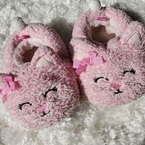 Other - 🌹Toddler pink cat slippers size 6